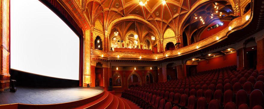 Национальный кинотеатр «Урания» (Urania National Film Theatre), Венгрия, Будапешт