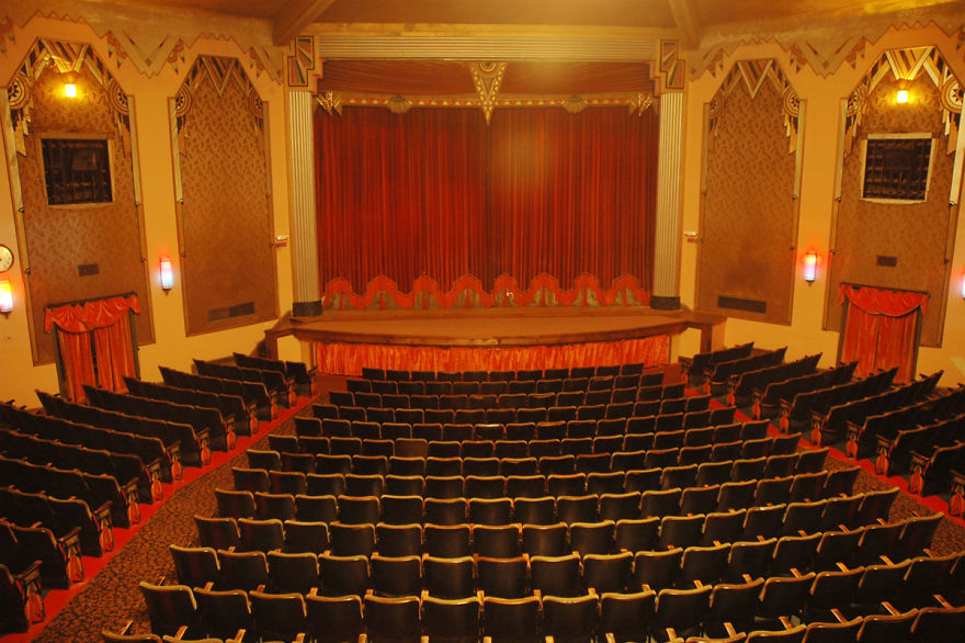 Кинотеатр «Критерион» (Criterion Movie Theatre), Бар-Харбор, Мэн, США.