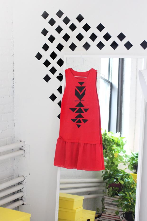 Как превратить деревенское платье советского типа в модную вещь