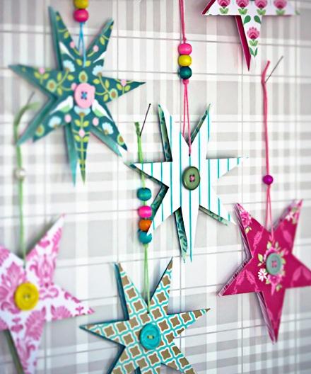 Яркие и красочные снежинки-звезды