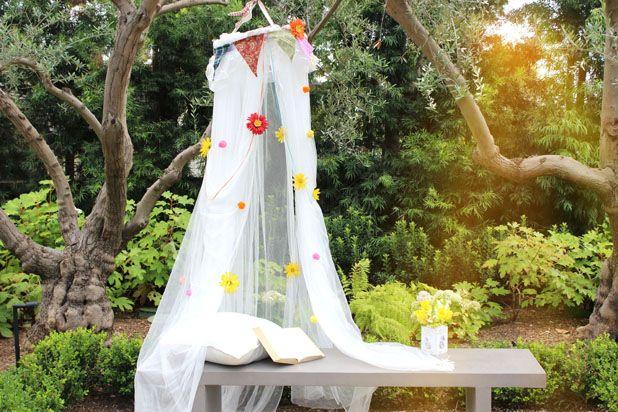 Как сделать романтичный легкий летний уличный и кроватный балдахин для защиты от насекомых