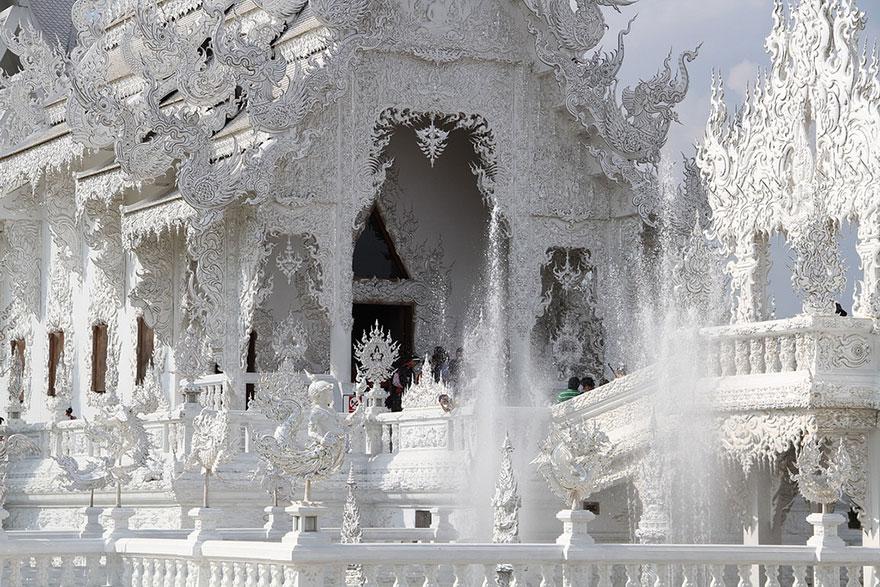таиландский «райский» Белый Храм (Wat Rong Khun)