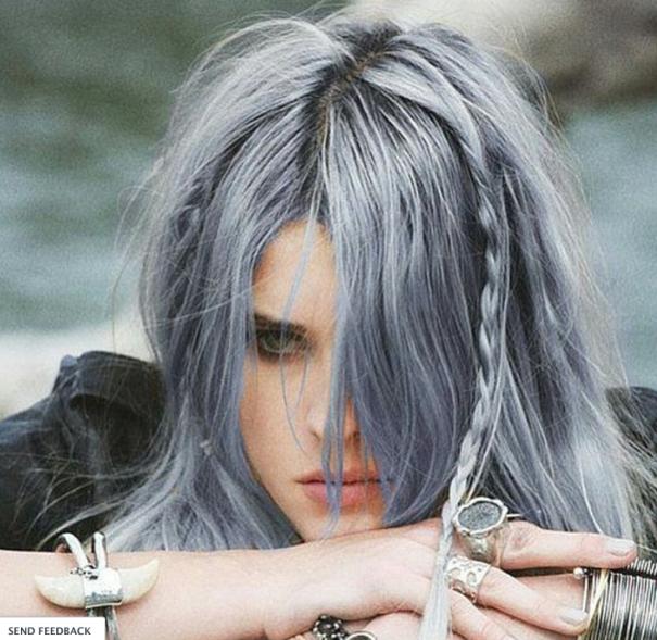новый мировой тренд в окрашивании: «бабушкины» или седые волосы, на актрисе