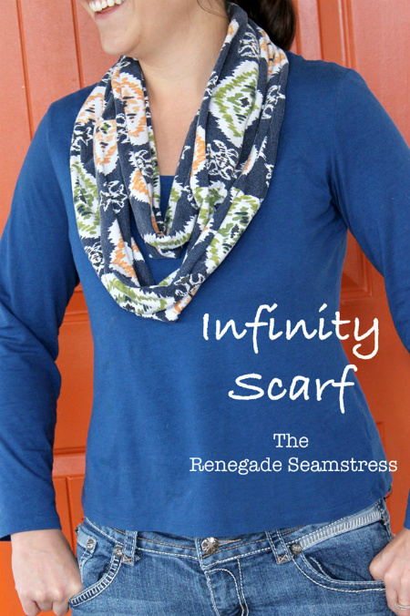 Как сшить «бесконечный» шарф-трубу из платья или юбки