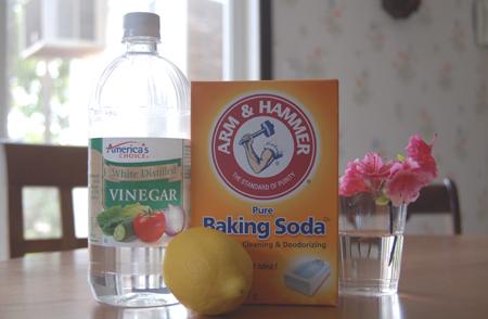 Пищевая сода и белый уксус