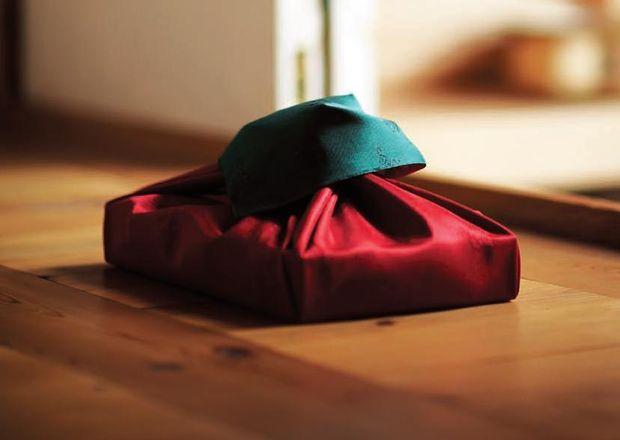 Как упаковывать подарки в боджаги (платок, традиционные корейские техники) - лепесток