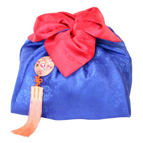 Роскошный цветок из платка боджаги - упаковка подарков в ткань своими руками