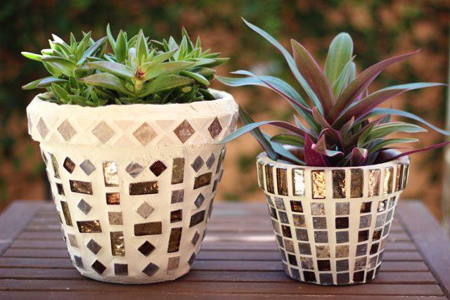 Как сделать цветочный горшок в стиле Гауди с мозаикой