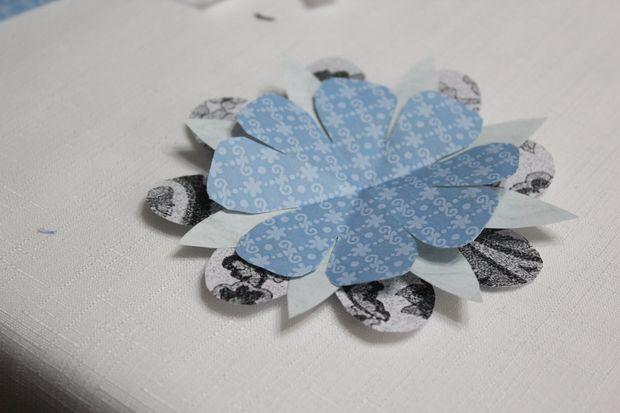 Опять по аналогии новые слои, новые расцветки бумаги, новые формы