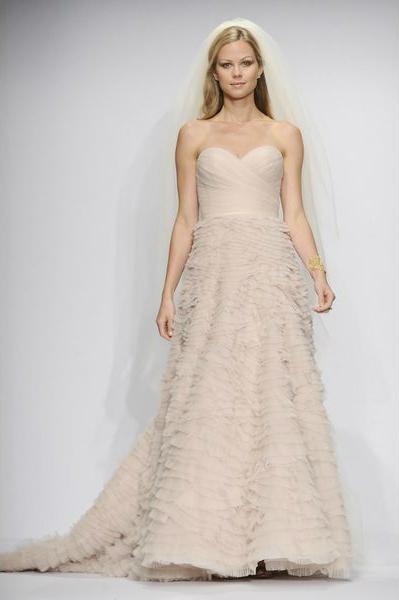 свадебная мода 2014: цветные свадебные платья