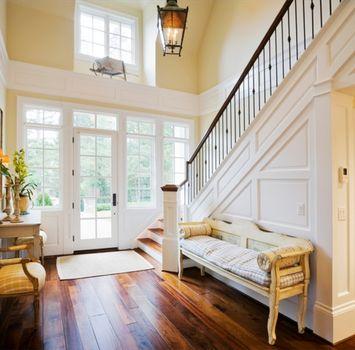 Романтика начинается у входной двери, и парам стоит хорошенько присмотреться к тому, что они видят, входя в свои дома