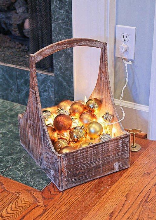Как оригинально использовать гирлянду для новогоднего декора