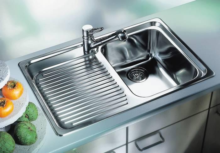 Как выбрать универсальную кухонную мойку?
