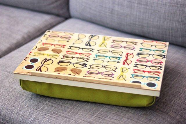 Как сделать идеальный диванный/кроватный столик под ноутбук/для рисования/чтения