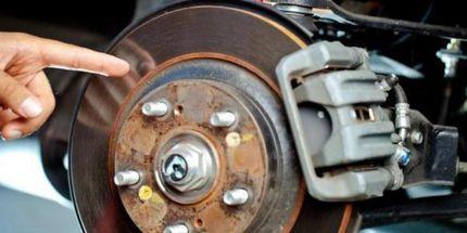Как проверить работоспособность тормозной системы авто