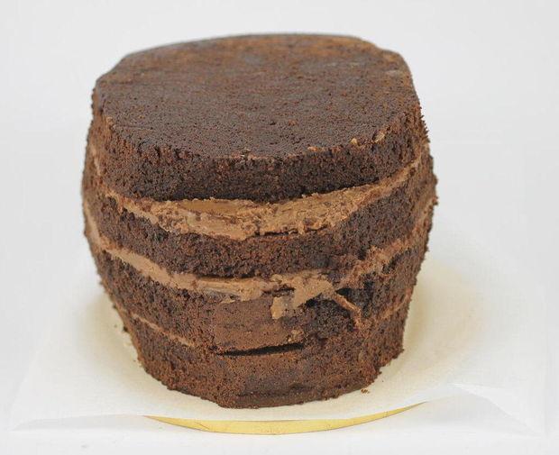 Внутри любой торт, способный статично сохранять свою форму