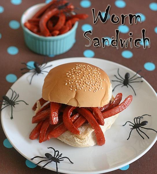 Как накрыть страшно вкусный стол на Хэллоуин: декорируем блюда - сэндвич с червями