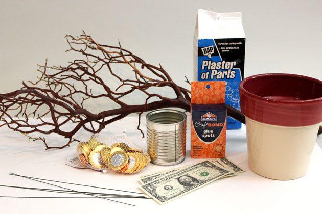 Исходные материалы для дарения денег: денежное дерево своими руками