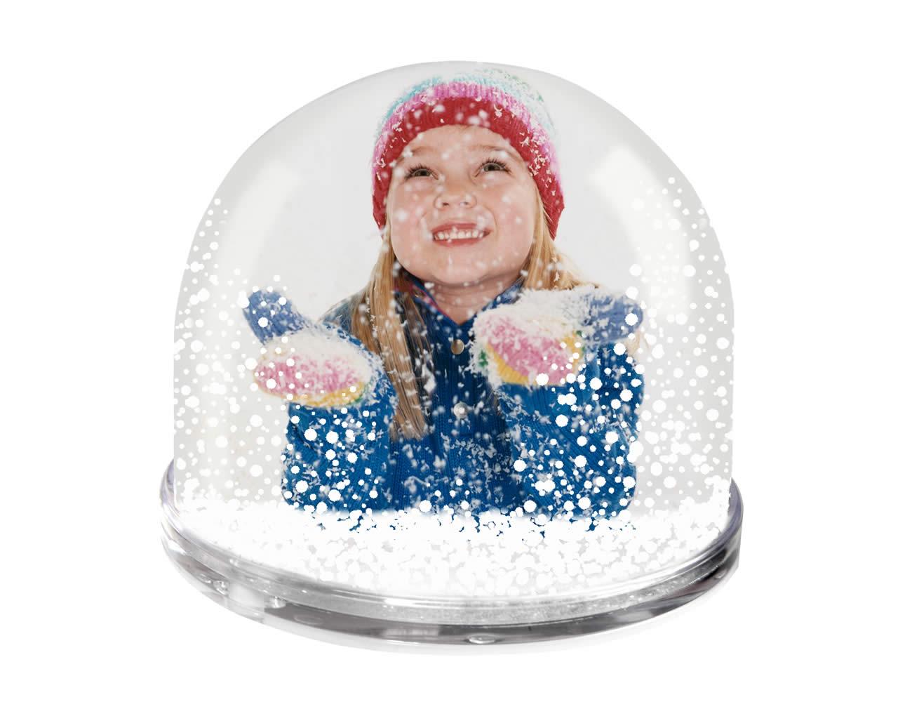 фотография в снежном шаре
