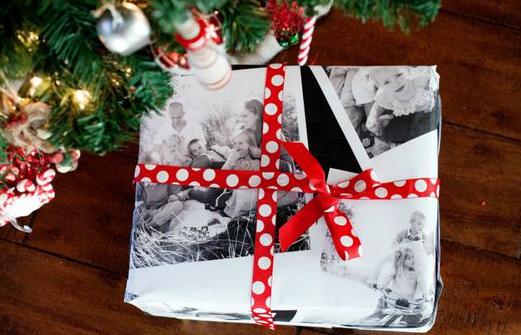 Самодельная оберточная бумага из семейных фотографий