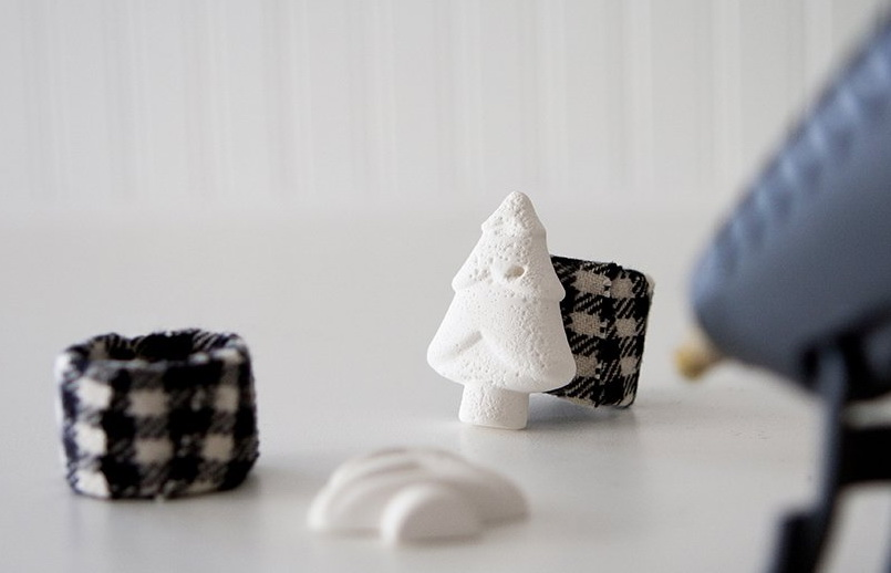 Как сделать кольца для салфеток в новогодней тематике?