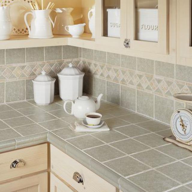 Как выбрать современный дизайн рабочей стенки/фартука для кухни - керамический травертин