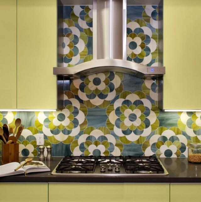 Как выбрать современный дизайн рабочей стенки/фартука для кухни - фигурная мозаичная плитка