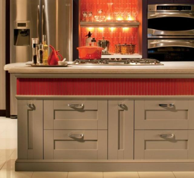 Как выбрать современный дизайн рабочей стенки/фартука для кухни - пламенеющий рыжий