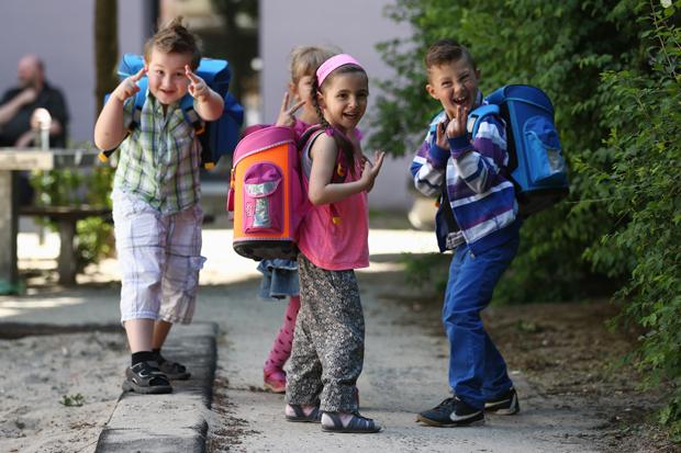 дети после школы много друзей