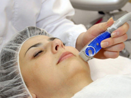 Ультразвуковая чистка лица