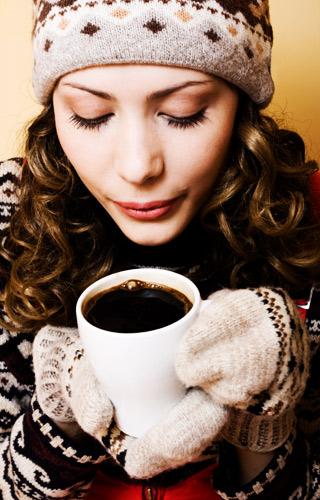 Антиоксиданты, содержащиеся в кофе, известны как полифенолы, и они так же найдены во фруктах, овощах, красном вине и шоколаде