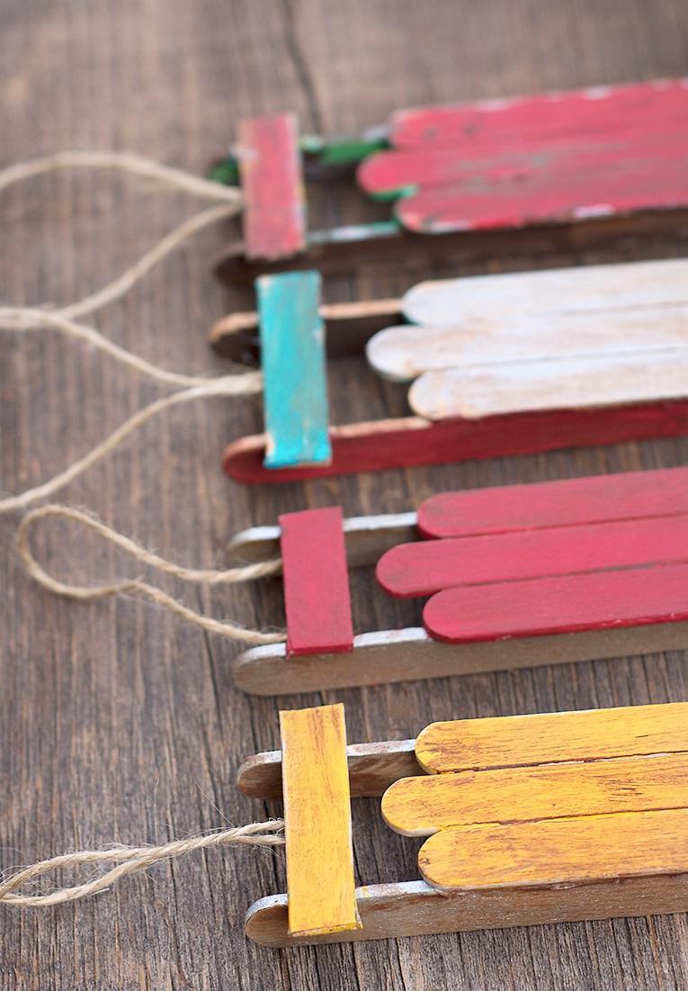 Как делать елочные игрушки своими руками: старинные санки - разные цвета