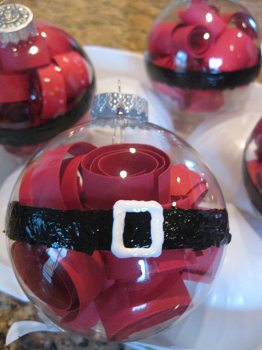 Как делать елочные игрушки своими руками: сценки и отдельные элементы в прозрачных пластиковых шарах, под Санта Клауса