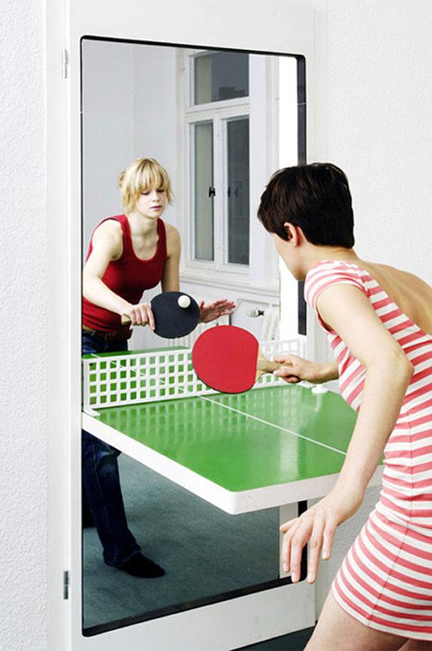 стол для пинг-понга тире дверь в комнату