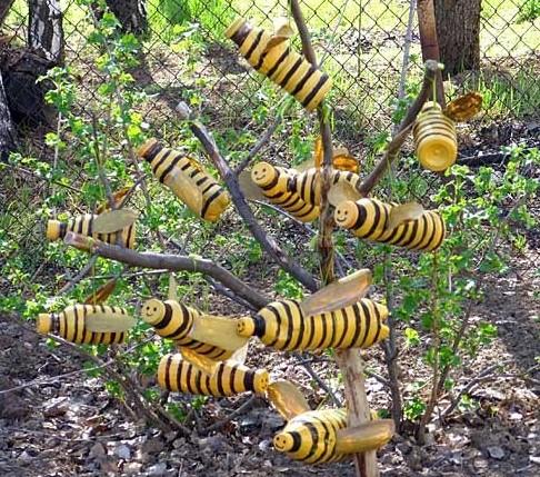 пчелы из пластиковых бутылок