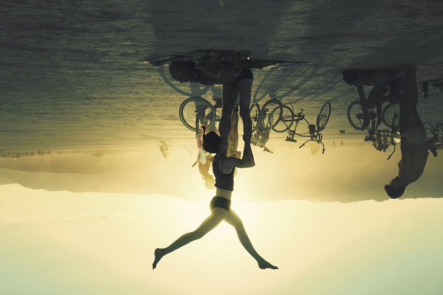 ежегодный сюрреалистический фестиваль «Горящий человек» (Burning Man): мир вверх ногами