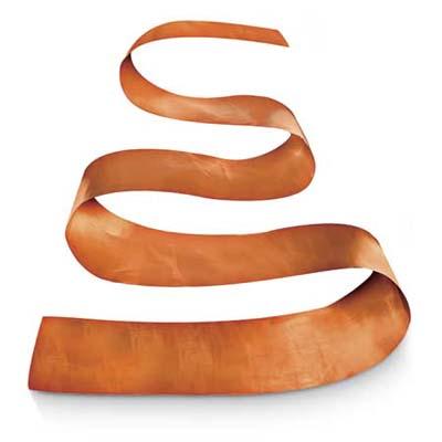 Варианты для декоративной части небольшого дачного фонтана своими руками: объемная медная лента с изгибами