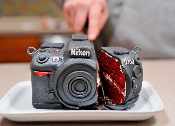 торт-зеркальный фотоаппарат