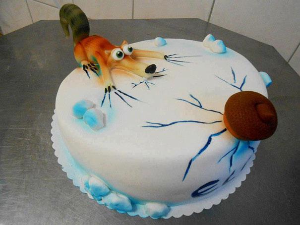 торт белка и орех на льду – из «Ледникового периода»