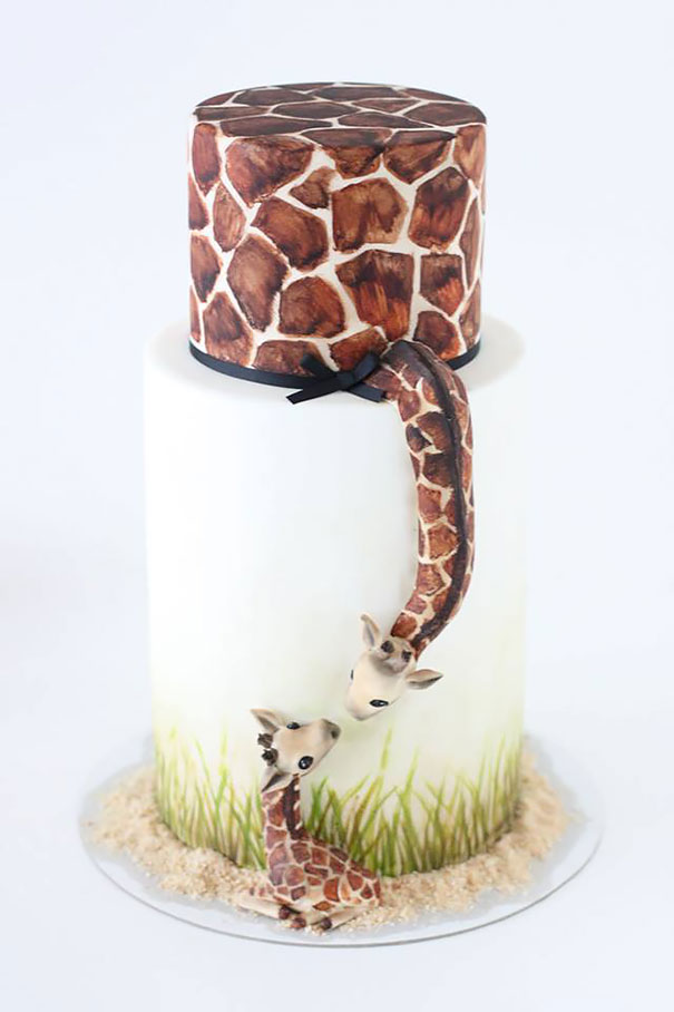 двухъярусный торт «Жирафа-мама и жирафенок»