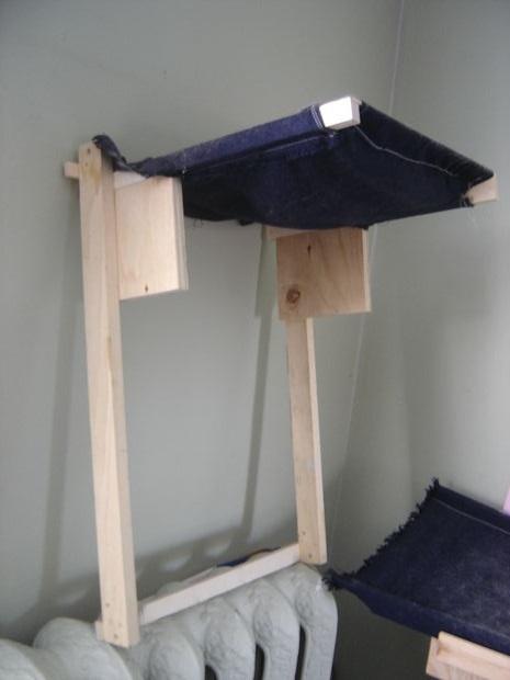 гамак-лежак в виде грамотной надстройки на батарею своими руками