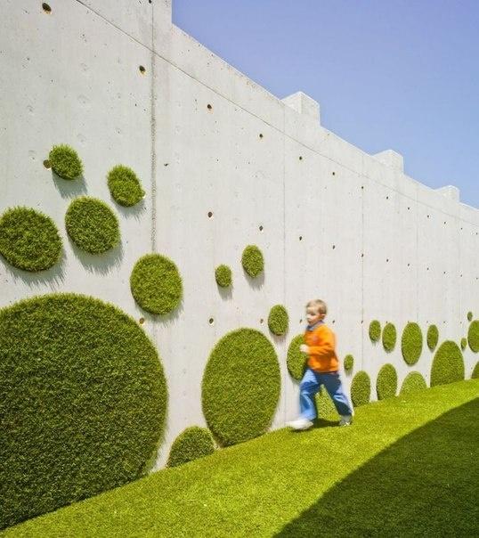 эко-граффити из мха как элемент ландшафтного дизайна