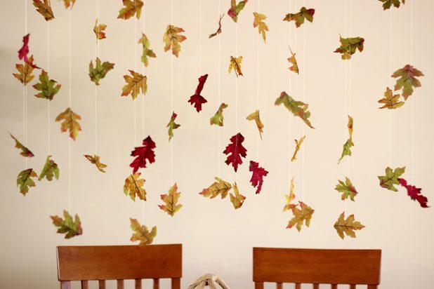 Как сделать гирлянду, панно или шторку из опавших листьев