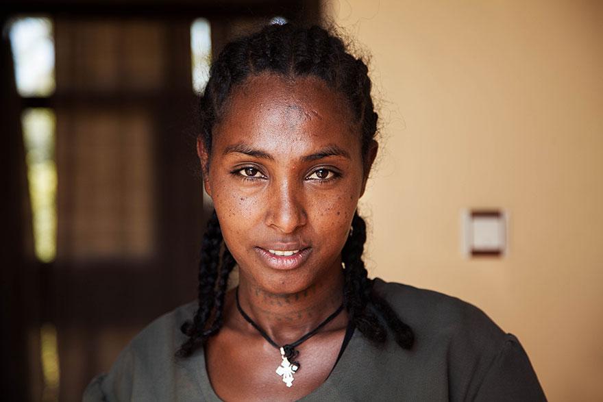 Атлас красоты, девушка из Эфиопии