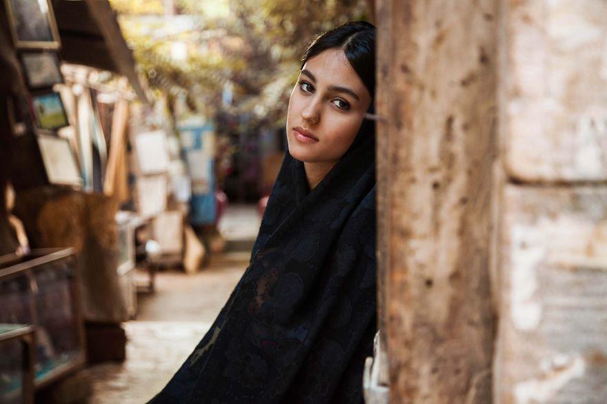 Атлас красоты, девушка из города Шираз, Иран