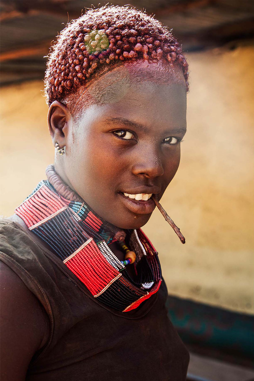Атлас красоты, девушка из долины Омо, Эфиопия