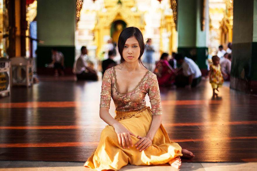 Атлас красоты, девушка из Янгона, Мьянма