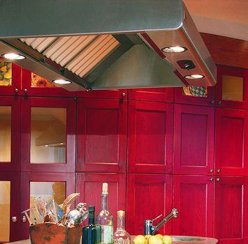 шкафы красные на кухне