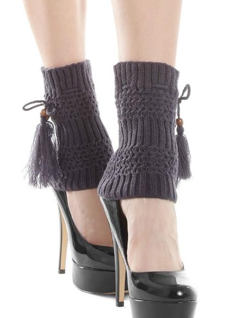темные гетры с туфлями на высокой шпильке