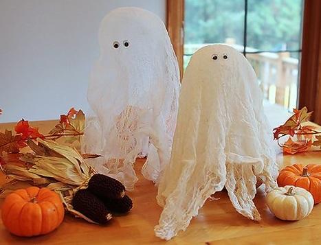 Как сделать жесткое привидение из марли для украшения помещений на Хэллоуин